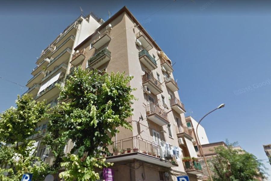 Zona corso giannone vendita bilocale pace immobiliare for Subito it appartamenti arredati bari