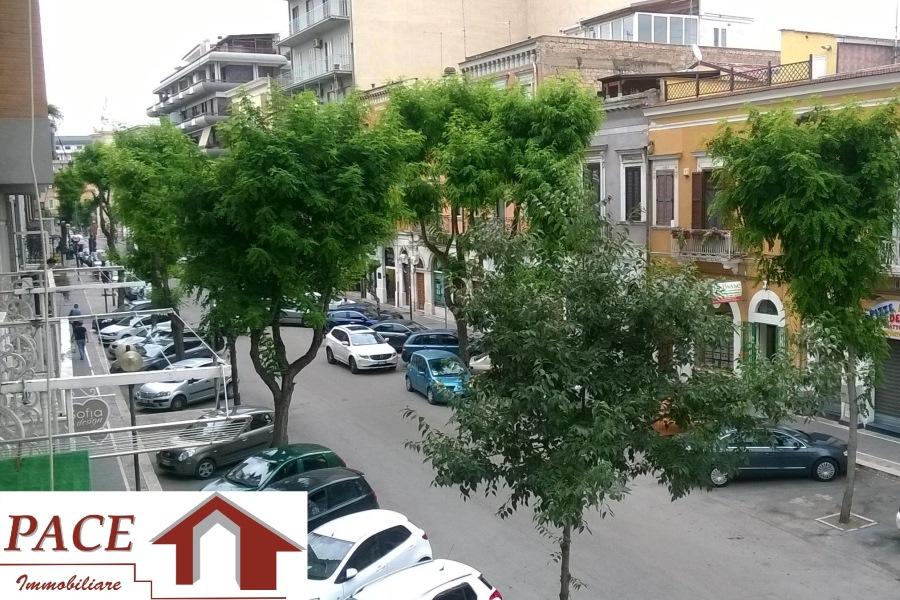 Via matteotti bilocale ristrutturato in vendita pace for Subito it appartamenti arredati bari